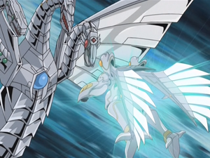"""""""Cyber End Dragon"""" and """"Shining Flare Wingman"""" clash."""