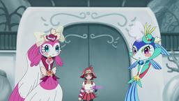 """Allie with """"Aquaactress Guppy"""" and """"Aquaactress Tetra"""" in """"Aquarium Set""""."""